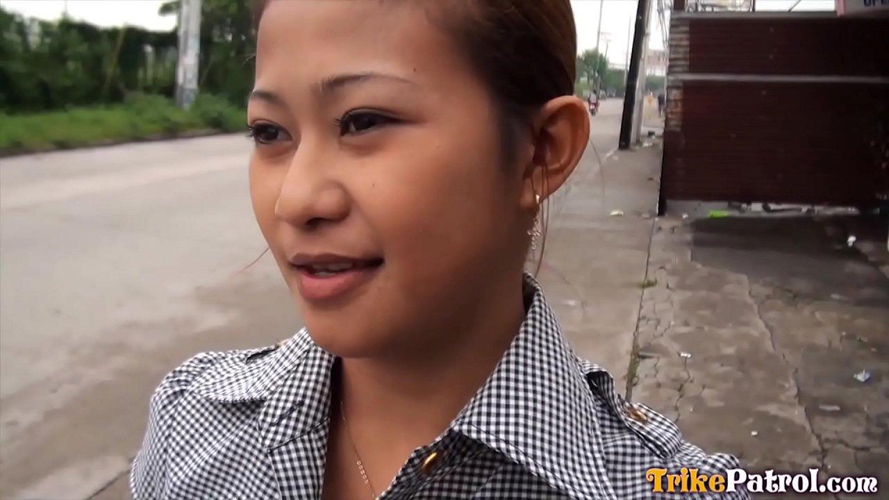 สาวบุรีรัมย์ถ่าย หนังโป๊ไทย เอากันกับฝรั่งในรายการหนังโป๊ตุ๊กตุ๊กพาทัวร์