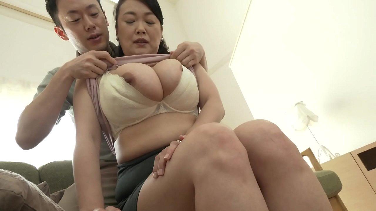 หนังโป๊เอวีญี่ปุ่นนมใหญ่ xxxคนแก่แนวครอบครัวแม่เย็ดกับลูกชายหน้าอกใหญ่มาก